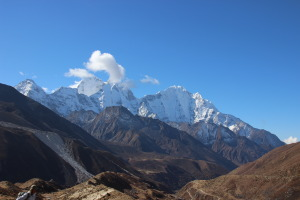 Valley to Lobuche