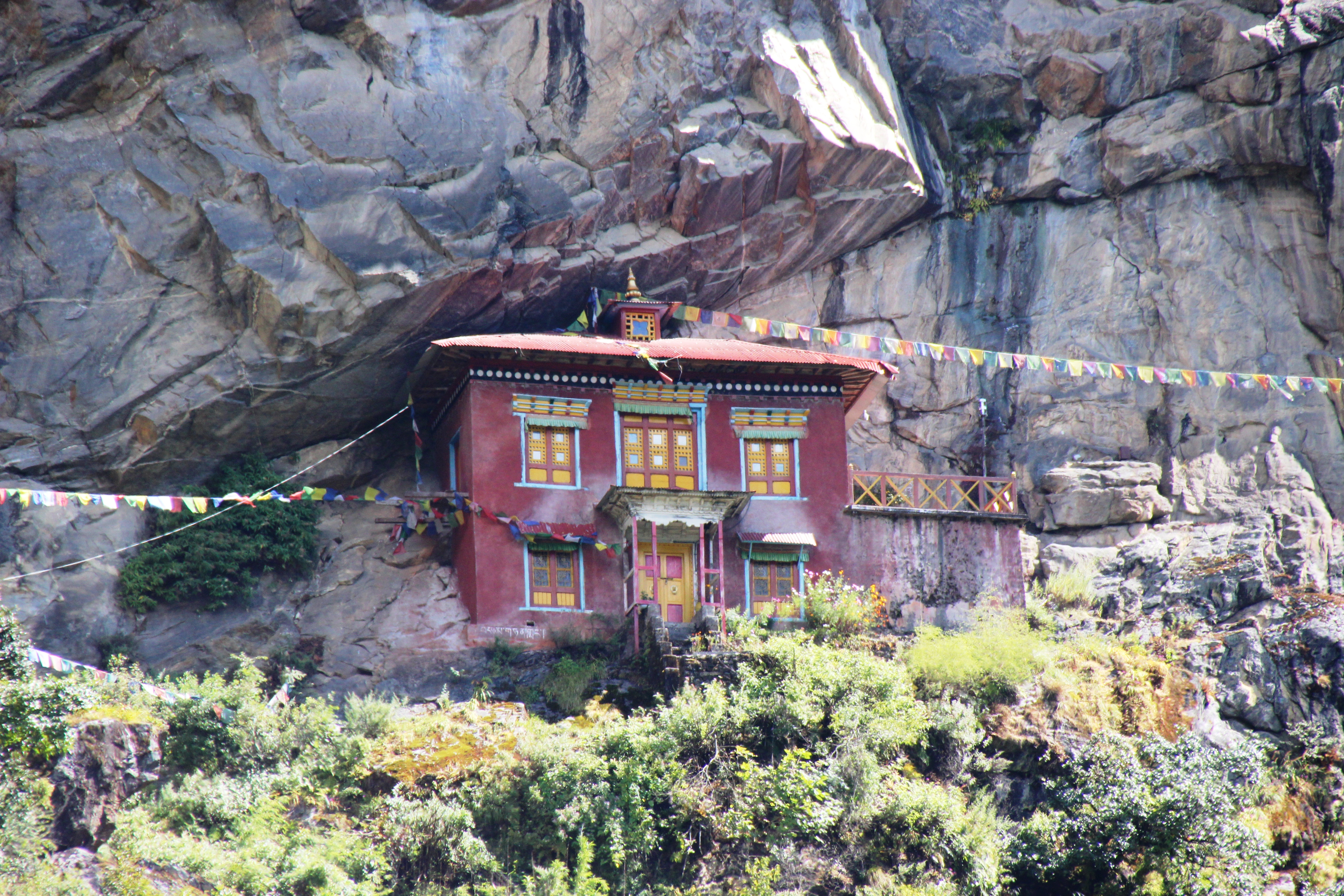 House in Cliff - Close Up